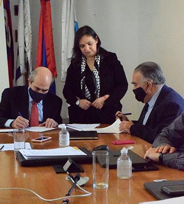 IIN e INAU firman convenio específico para el fortalecimiento de las capacidades de recursos humanos